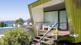 Haus mit Roofinox Classic Stehfalzdach aus HFX Edelstahl
