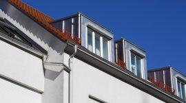 rötliches Dach, Dachentwässerung mit HFX Edelstahl in Dingolfing, Roofinox