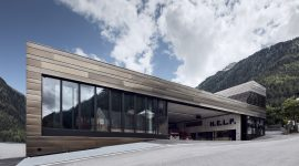 HELP Blaulichtzentrum Ischgl Roofinox Dura HFX Edelstahl