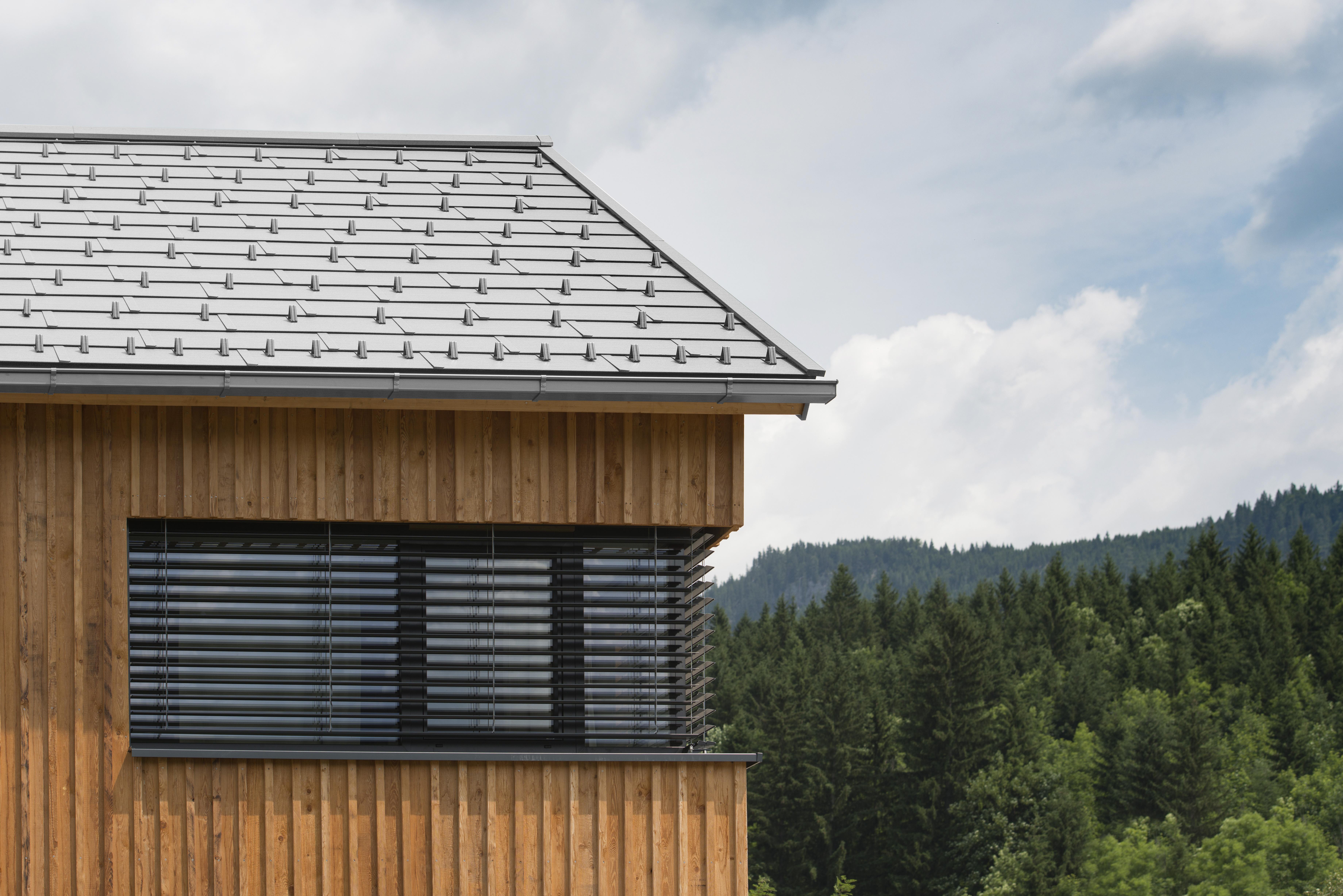 Dach mit Matador Dachplatten