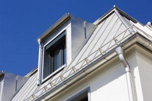 Dachrinnen passend zum Dach